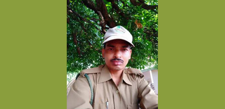Mahesh Forest Guard in Kanha